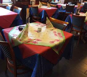 rayson nonwoven,ruixin,enviro-Wedding Table Linens Spunbond Tartan Printed Table Cloth-12