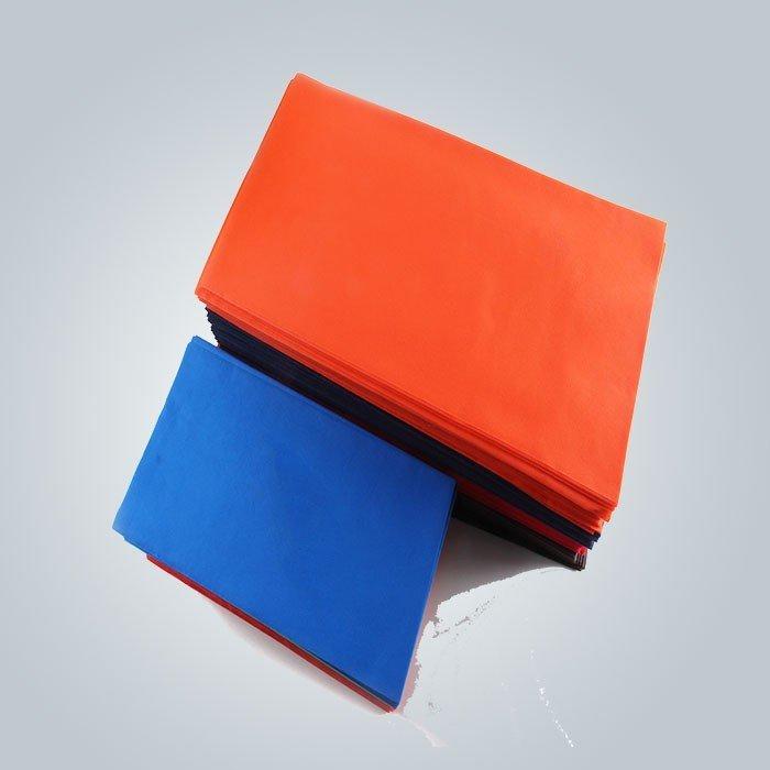 नरम महसूस गैर पर्ची विभिन्न रंग प्रयोज्य टेबल कवर TNT कपड़ा में तेलरोधी