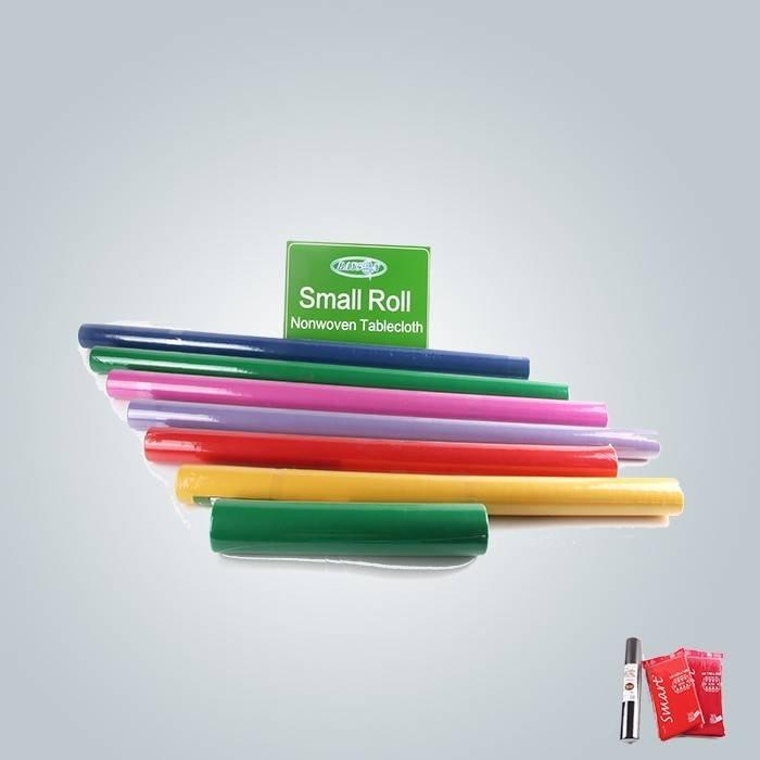 Differenct आकार और रंग में मुद्रित टीएनटी टेबल कपड़ा