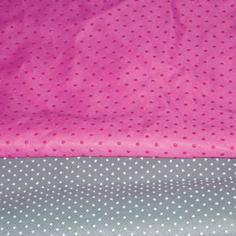 Tessuto non tessuto antiscivolo per tappeti