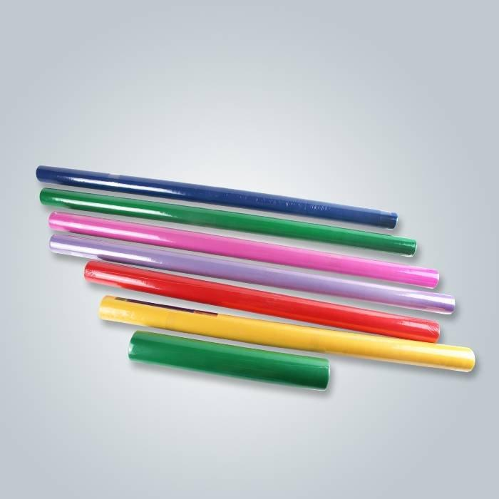Empaquetado del pequeño rollo que cubre la tela no tejida en diversos colores